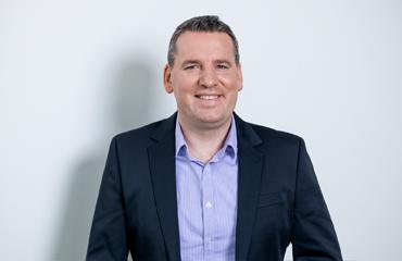 Michael Olkowski, Customer Service