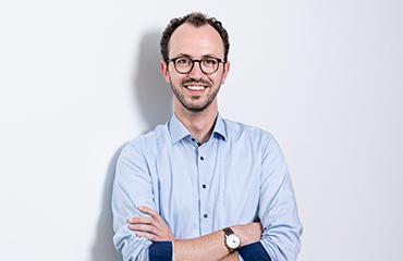 Robin Busacker, Produktentwicklung